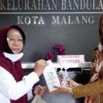 BAGI: SMK PIM lakukan aksi sosial bagi-bagi hand soap gratis kepada masyarakat, pemerintahan dan puskesmas.